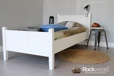 https://afbeelding.kinderbedspecialist.nl/images/KBAL/Rockwood-Kinderbedden-Kinderbed-Alex-Wit-1_klein.jpg