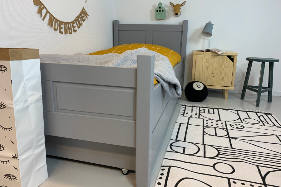 %20KINDERBED%20ALEX%20GREY