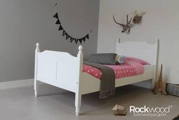 https://afbeelding.kinderbedspecialist.nl/images/KBAM/Rockwood-Kinderbedden-Kinderbed-Amalia-Wit-1_klein.jpg