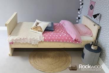 https://afbeelding.kinderbedspecialist.nl/images/KBL/Rockwood-Kinderbedden-Kinderbed-Laurence-1_klein.jpg