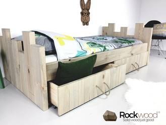 https://afbeelding.kinderbedspecialist.nl/images/KBRN/Rockwood-Kinderbedden-Kasteelbed-Robin-Natural-1_klein.jpg