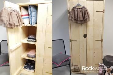 https://afbeelding.kinderbedspecialist.nl/images/KKRW/steigerhouten-kledingkast-1_klein.jpg